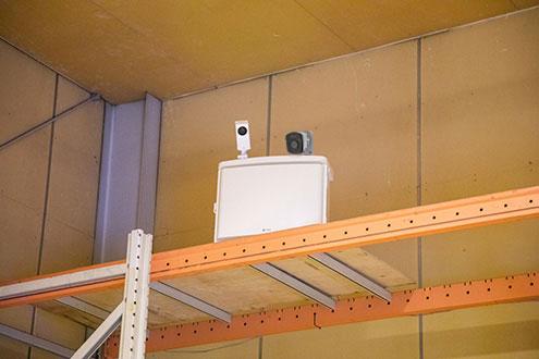 停電でも 録画をして 遠隔監視も出来ます。