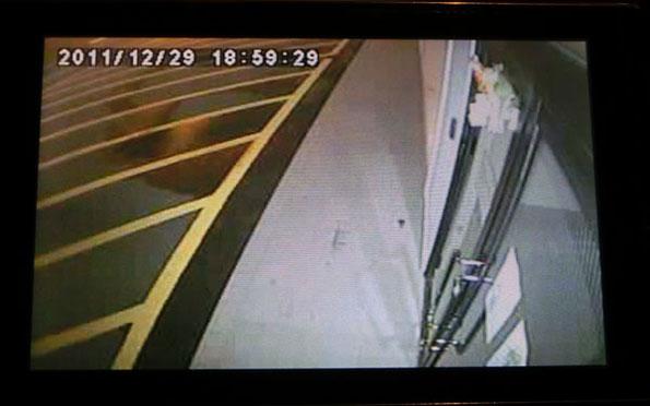 防犯灯カメラのカラー映像を携帯電話で遠隔監視!!